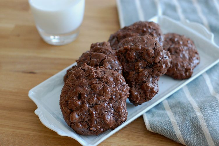 Gluten- Dairy- and Oil-Free Chocolate Walnut Cookies - Version 2