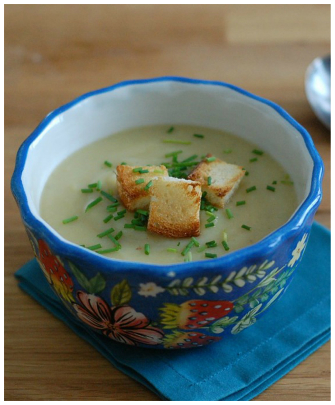 Potato Leek Soup with Roasted Garlic