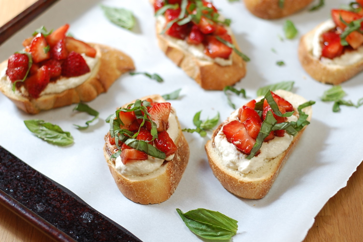 Vegan Strawberries and Cream Bruschetta 3