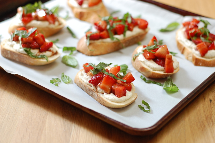 Vegan Strawberries and Cream Bruschetta 5