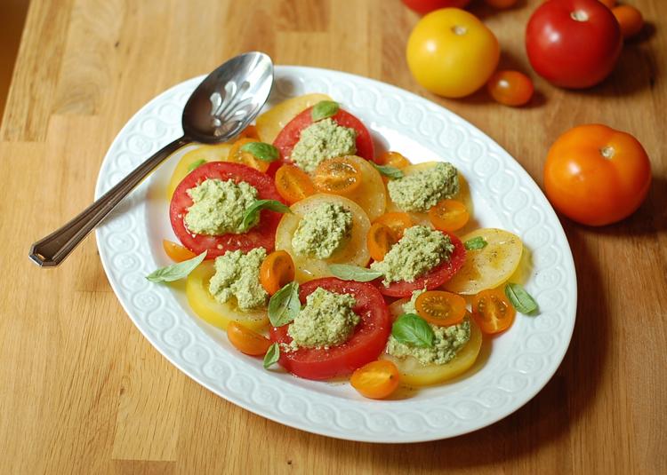 vegan caprese salad 3