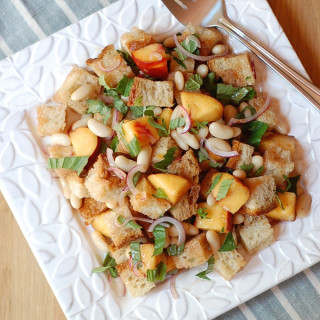 White Bean Peach Panzanella