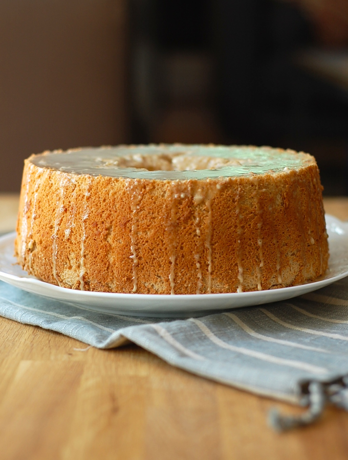 pumpkin spice angel food cake