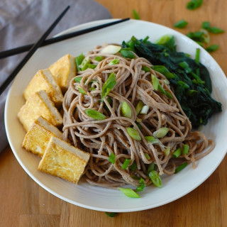 Soba Noodles with Tofu and Spicy Sesame Sauce (Vegan & Gluten-Free)