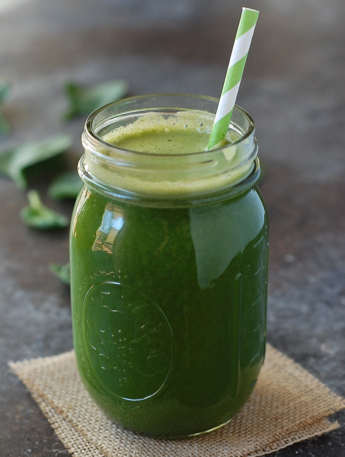 Green juice with grapefruit, ginger, cucumber, mint, and spinach