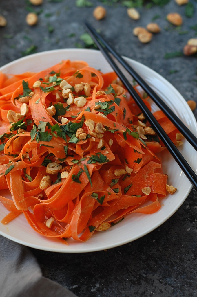 No Spiralizer Carrot Noodles with Peanut Sauce 3