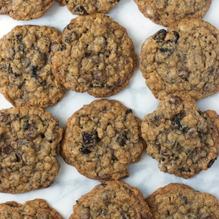 Cookies and Cream Oatmeal Cookies