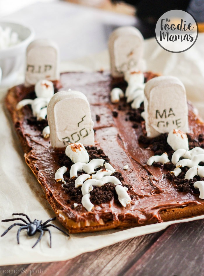 graveyard-tombstone-brownies-3
