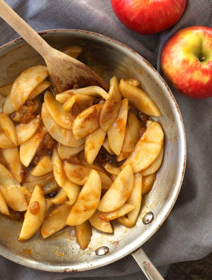 Easy Stovetop Apple Pie Filling