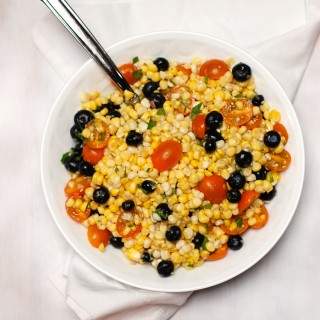 Corn Salad with Tomatoes and Blueberries