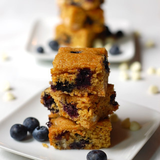whole wheat blondies with carrots and blueberries