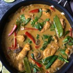 Easy Coconut Chicken Curry with Vegetables